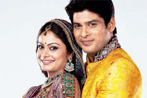 Viewers` acceptance makes Toral `Anandi` Rasputra happy!