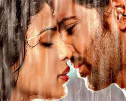 Romancing the rains - Bollywood ishtyle!