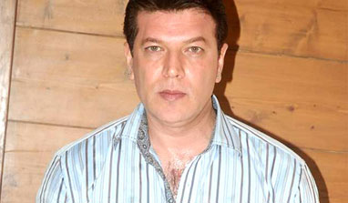 http://zns.india.com/upload/2013/6/16/aditya-pancholi-382.jpg