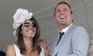 Elizabeth Hurley condemns musical on Shane Warne