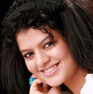 Lucky didn`t have to struggle: Palak Muchhal