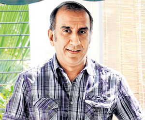 Director milan luthria