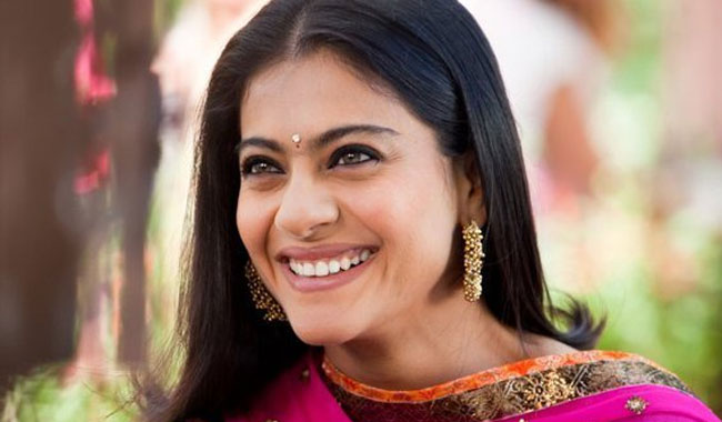 I am biggest fan of superstar Rajinikanth: Kajol
