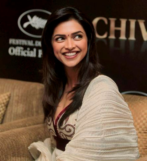 Deepika hopes politicians will live upto their promises