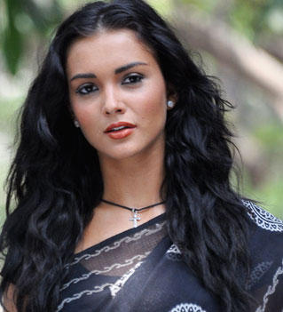 Amy Jackson dating Ryan Thomas?