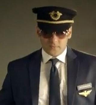 Rohit Shetty directs Salman Khan for `Bigg Boss 8`